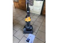 DC33 Dyson Upright Vacuum Cleaner