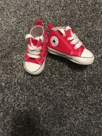 Baby Shoes Timberlands & Converse Hardley worn 0-3