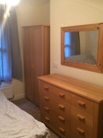 Small Double room in nice house, Woolston 380 Pcm inc. + off street parking