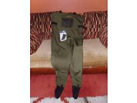 Wychwood Breathable Waders Medium Size 7 Feet USED ONCE ONLY IMMACULATE CONDITION