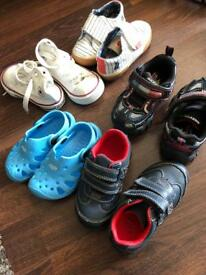 Toddler shoes size 4