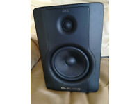 M-Audio BX5 D2 Studio Monitor Speaker