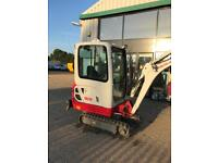 2017 Takeuchi mini digger/quick hitch / 330 hours only /