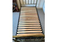 SINGLE ANTIQUE BRASS BED WITH WOODEN SLATTED MATTRESS BASE