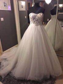 Brand New Wedding Dress (Ex Stock) Size 10