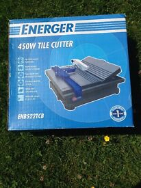 Screwfix tile cutter 450w used once