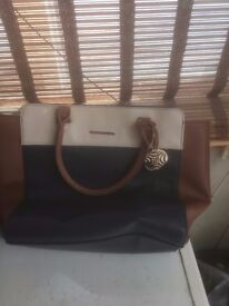 VARIOUS HANDBAGS FOR SALE VERY CHEAP