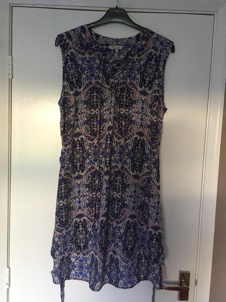 Outings dress size 12/14