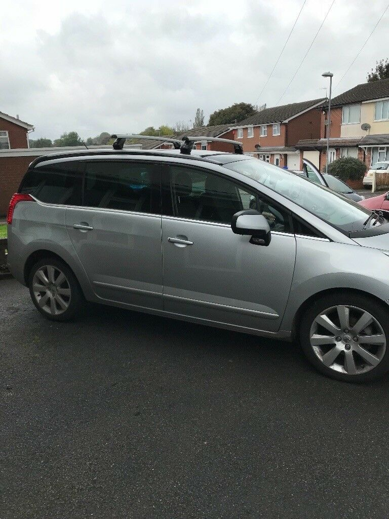 peugeot 5008 mpv 1 6 hdi allure 2012 really low mileage in stoke on trent staffordshire gumtree. Black Bedroom Furniture Sets. Home Design Ideas