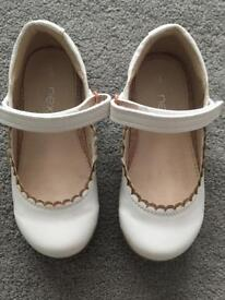 Girls Next Cream Shoes Infant Size 8