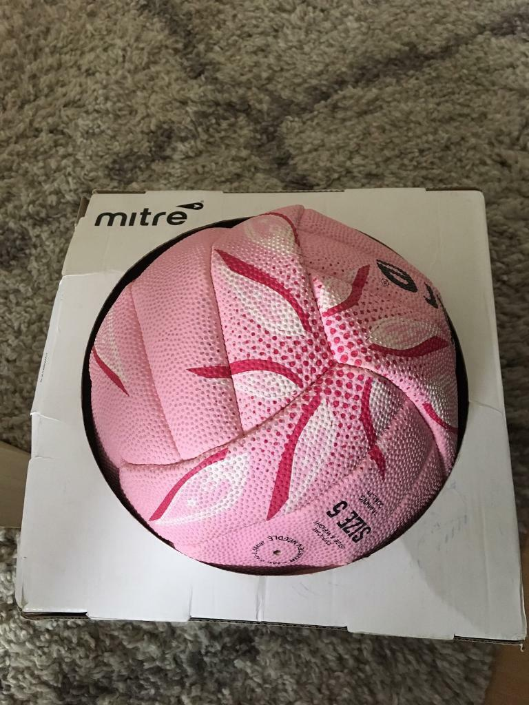 PINK MITRE BALL SIZE 5