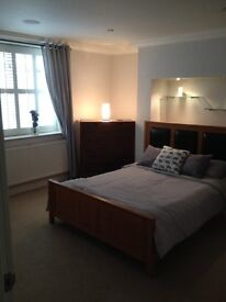 City center apartment / all bills +C/Tax / £650.00 / 07584566997 /fully furnished