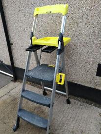 Super sturdy DIY stepladders