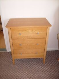 SMALL 3 DRAWER CHEST IN LIGHT OAK EXCELLENT CONDITION