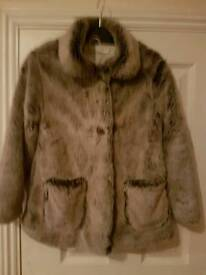 Girls fur coat. Age 7-8