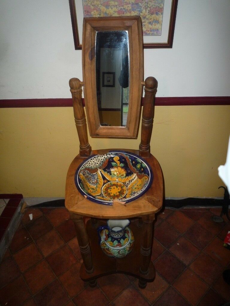 Antique Style Wash Basin Jug And Mirror In Castlereagh Belfast
