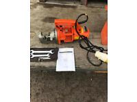 110v electric hydraulic rebar cutter with steel carry case and tools