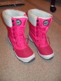 Regatta Girls Pink Snow Boot, size 2.