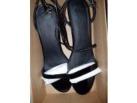 BRAND NEW BOXED ASOS Patent UK 6 Sandals Brand new asos HONEYDEW Heeled Sandals