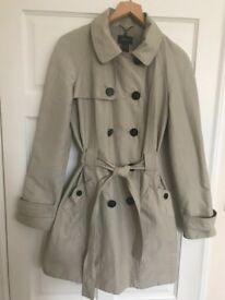 Ladies Trench Coat Size M
