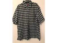 Tommy Hilfiger Men's Shirt Size L