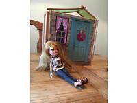 Doll beach house