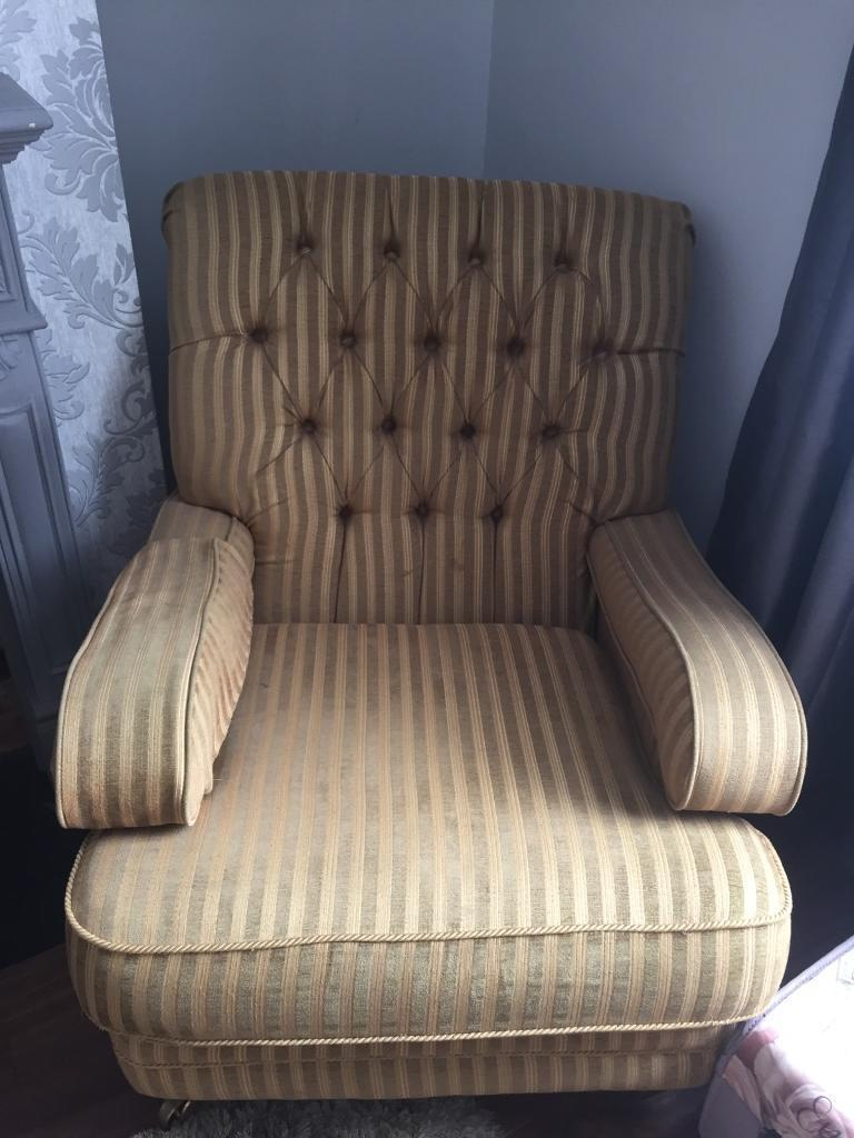 Swell 2 Kirkdale Sofas And 1 Chair In Newport Gumtree Onthecornerstone Fun Painted Chair Ideas Images Onthecornerstoneorg