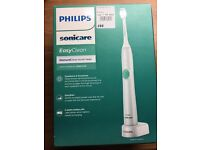 *Brand New in sealed box * Philips Sonicare EasyClean Electric Toothbrush - Diamond Clean Brushead