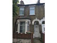 3 bedroom house in east ham high street south