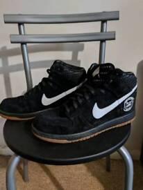Nike high tops. Size 9