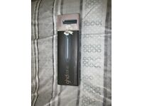 Never been used - GHD Curve Wand With Limited Edition Rose Gold Roll Bag