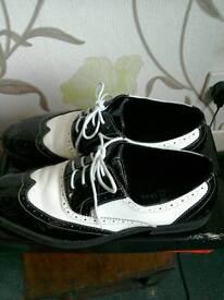 Men's Patron black and white shoes