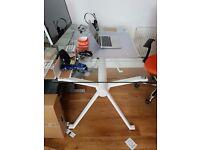 Office desk Blue Suntree Studio Compact Table white 122 x 72 x 75cm Glass Top