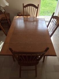 Dining Table & 4 Chairs - Wooden (Oak) Extending Table
