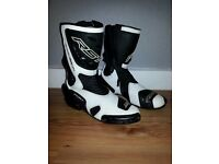 Rst tachtech boots size 11 mint condition £75