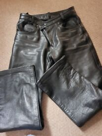 Ladies leather motorcyclr trousers