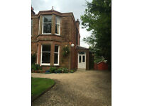 Lovely Room in a secure Victorian house with secluded garden