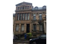 LARGE STUDIO FLAT TO LET OAKFIELD AVENUE, WESTEND £830pcm