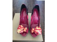 Karen Milan high heels in excellent condition size 39