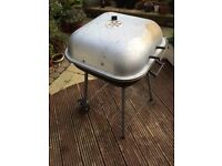 Barbeque / BBQ / Barbecue - charcoal