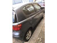 Toyota yaris 2004 1.3