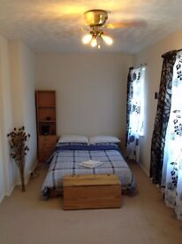 Lovely Double room available in Milton Heights Oxfordshire