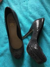 Miss KG black patent heels size 6