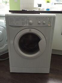 Washing machine Indesit IWC61651