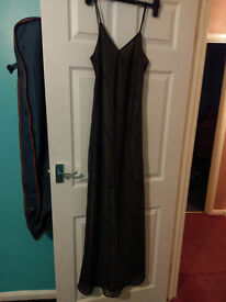 Long Evening Dress Size 12, black over gold.