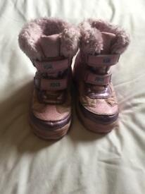 Girls Peppa Pig winter/snow boots size 10