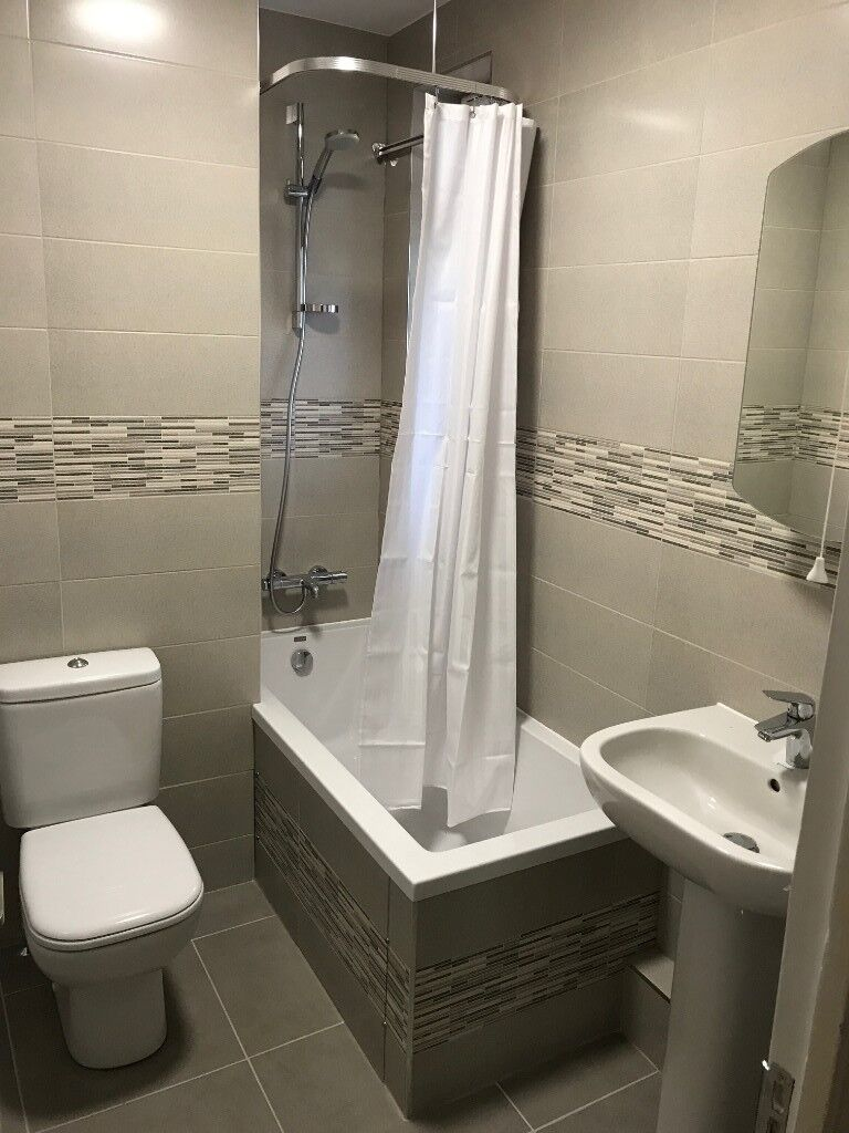 Newly refurbished 2/3 bed flat - 1 minute from Surbiton station