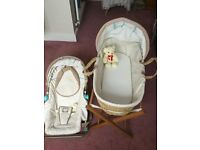 Mosses basket & bouncy chair, very good condition, beautiful set.