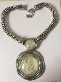 Necklace - chunky pendant