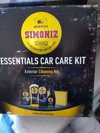 Simoniz Essentials Car Care Kit